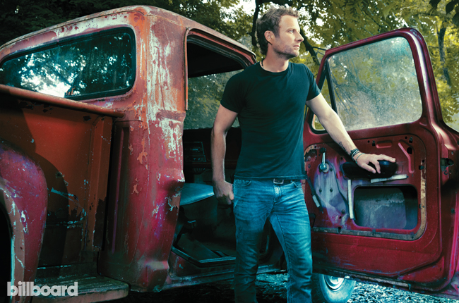 nashville-power-dierks-bentley-bb22-2015-billboard-650.jpg