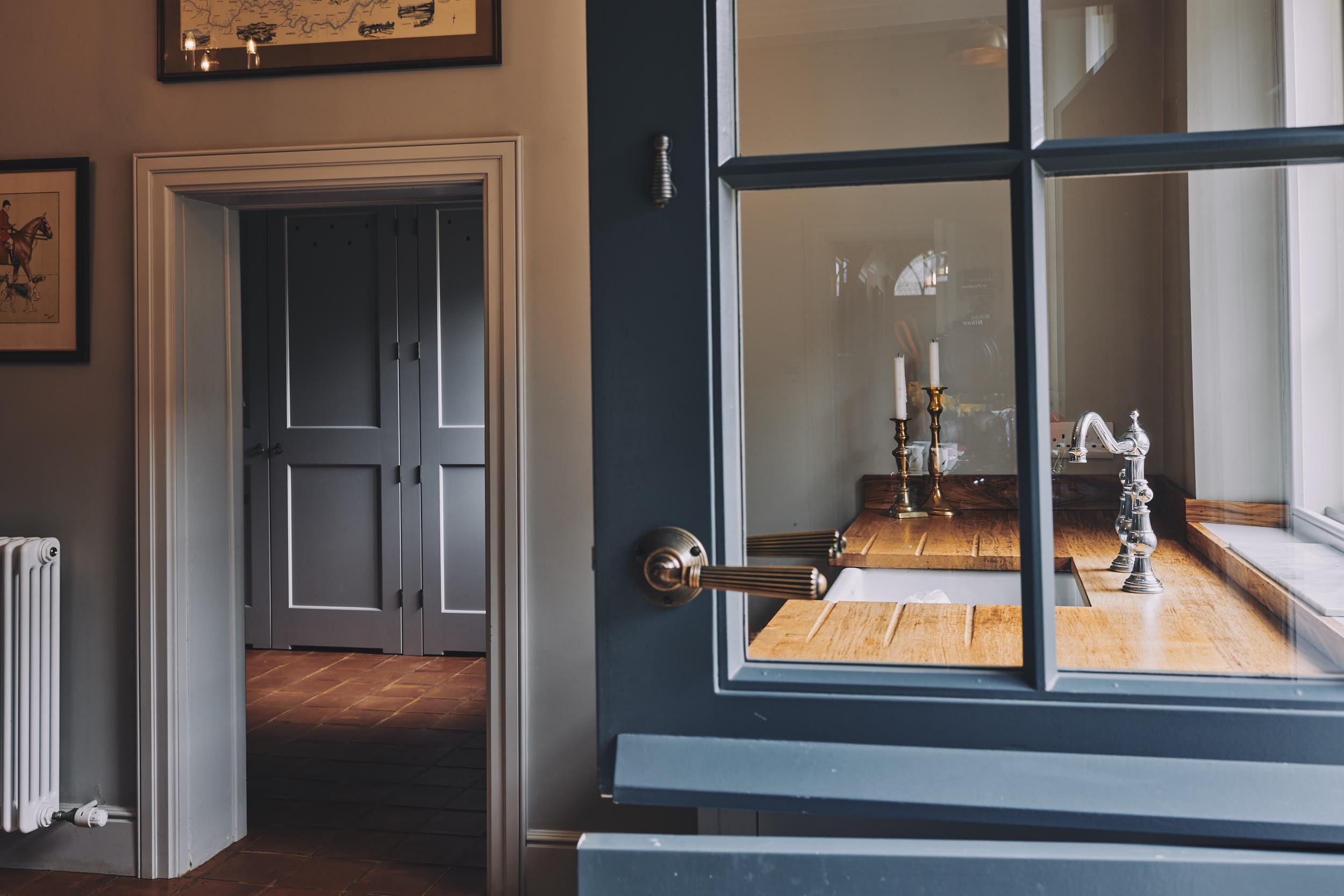 interior photography of luxury bespoke homes by matthew lloyd3161.jpg