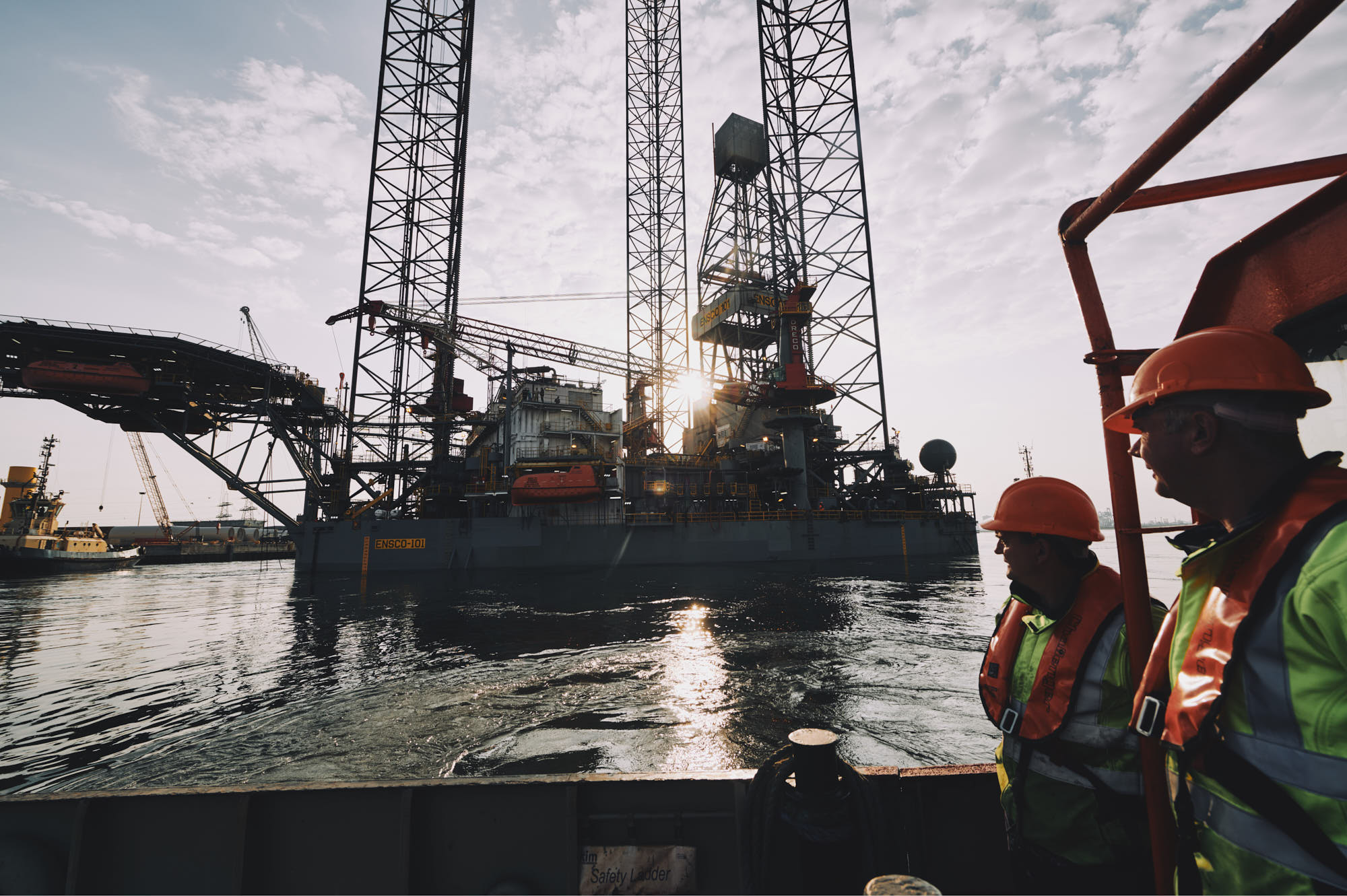 offshore oil and gas photography, teesside and abderdeen, global by matthew lloyd