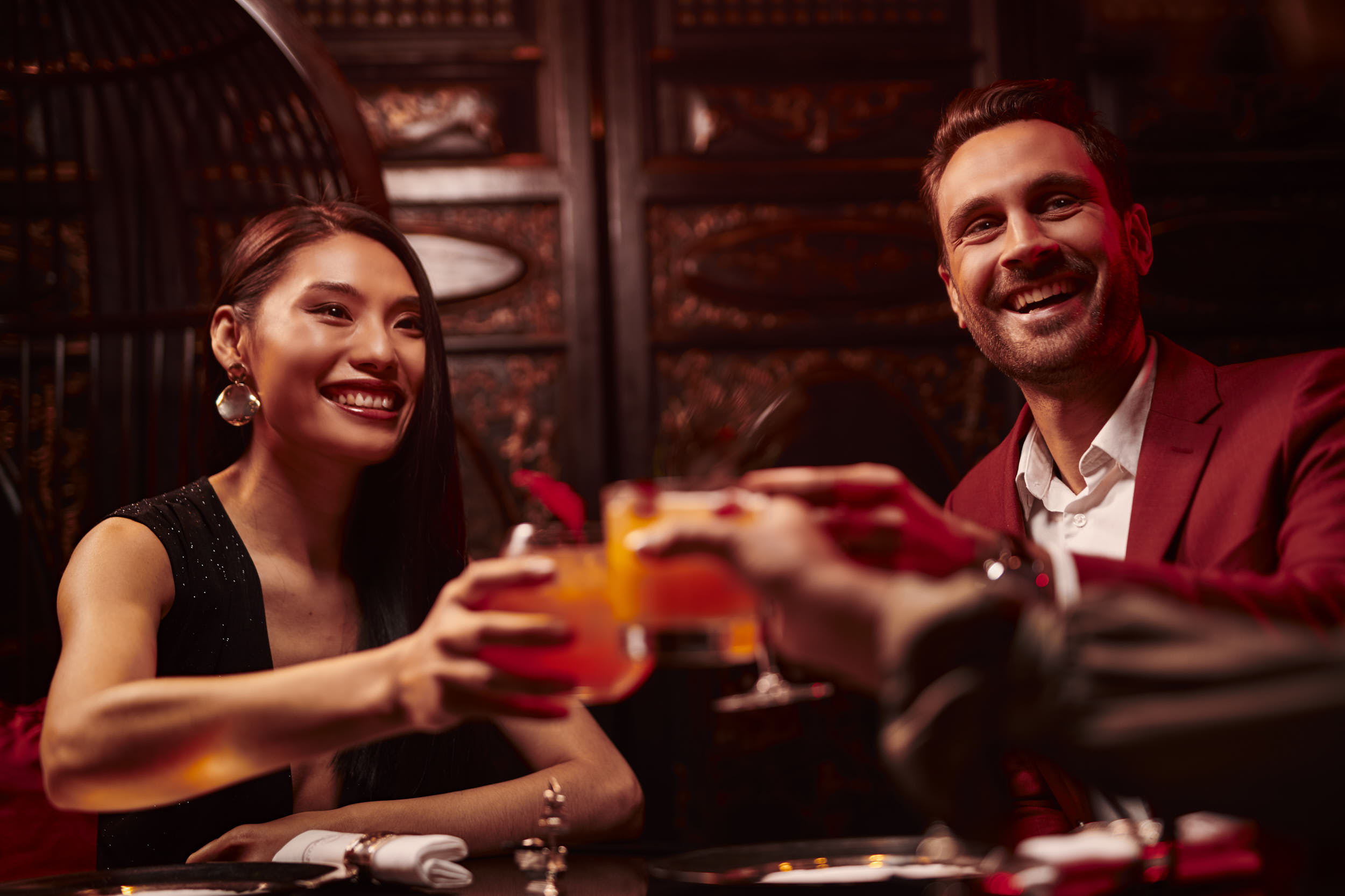luxury hotel  photographer matthew lloyd shoots peninsula paris for their alcohol drinks and food advertising photography
