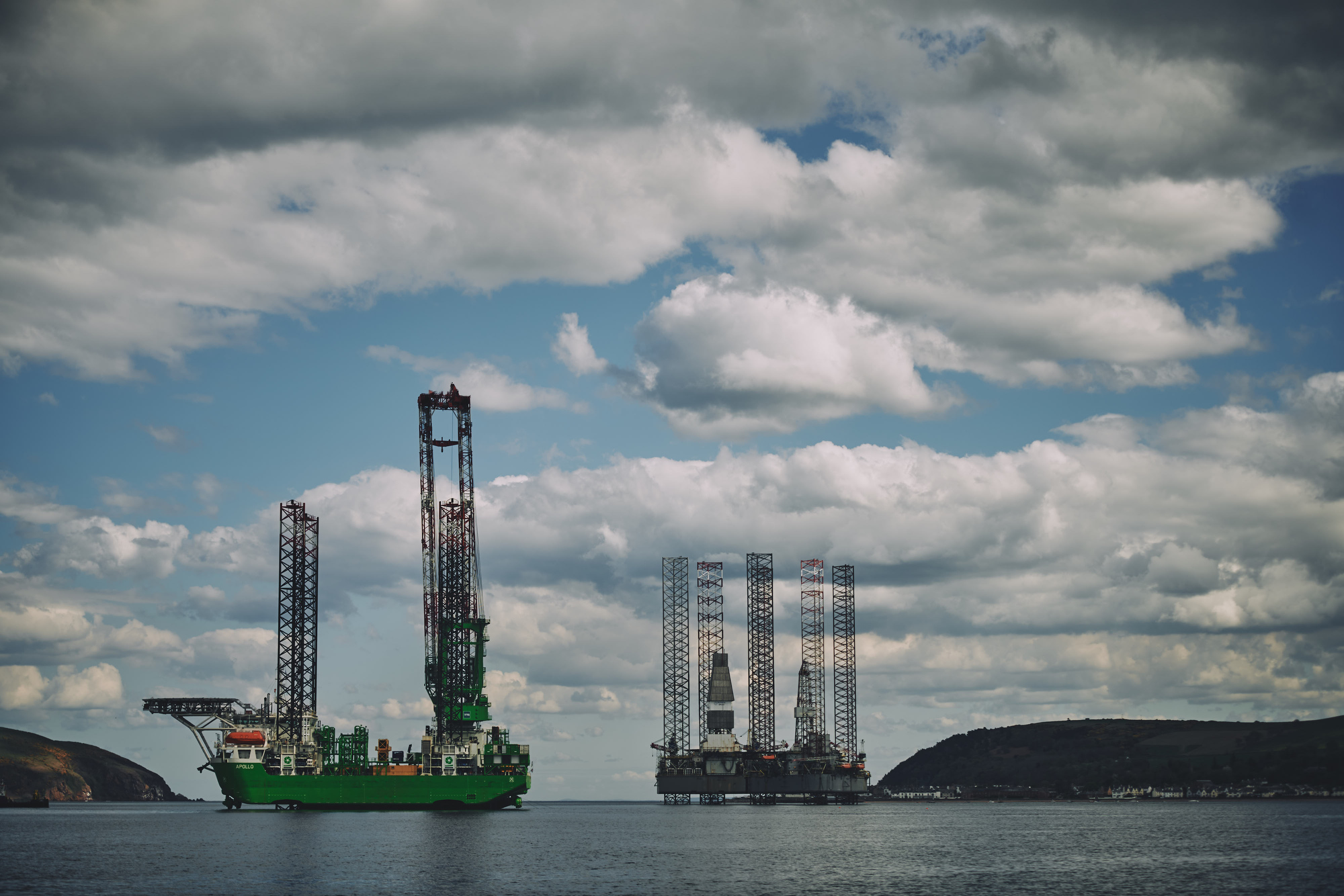 firth of cromarty oil rigs by industrial photographer matthew lloyd offshore photography 0085.JPG