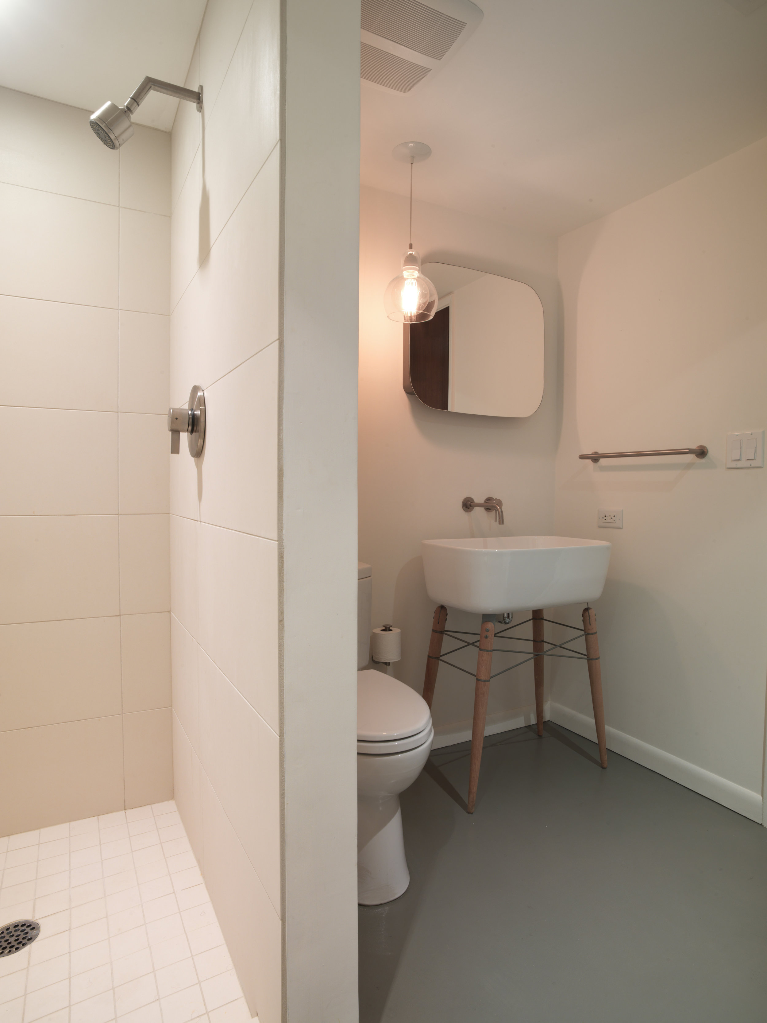 Robert_bathroom_remodel_9576.jpg