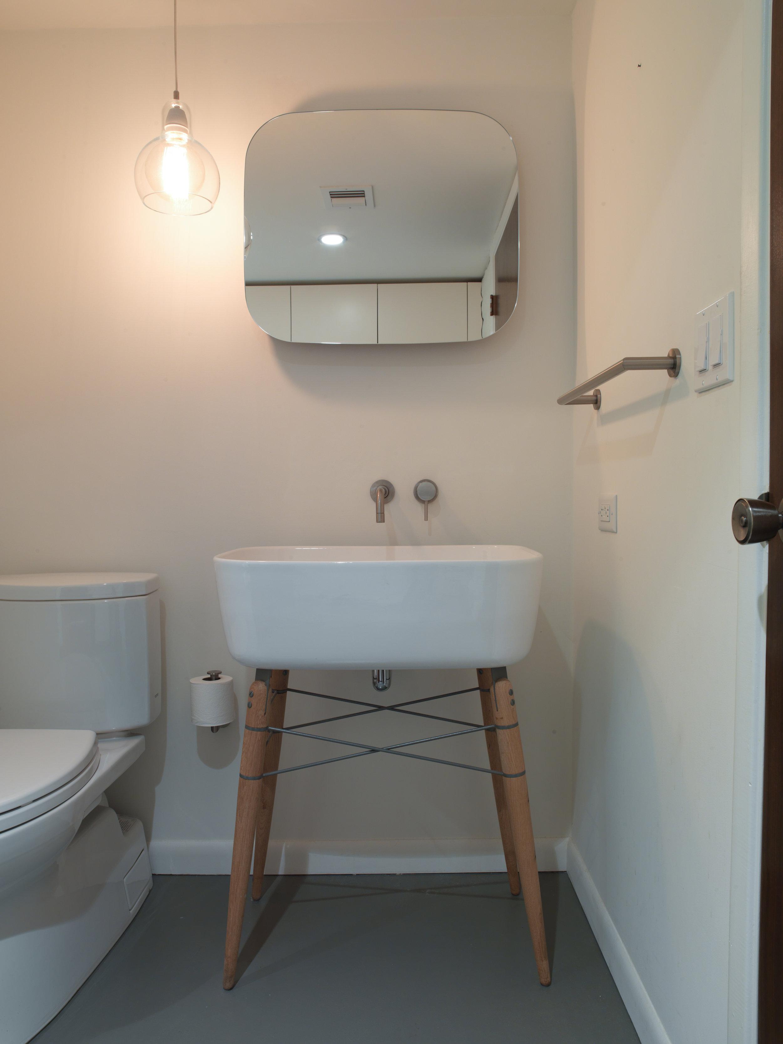 Robert_bathroom_remodel_9587.jpg
