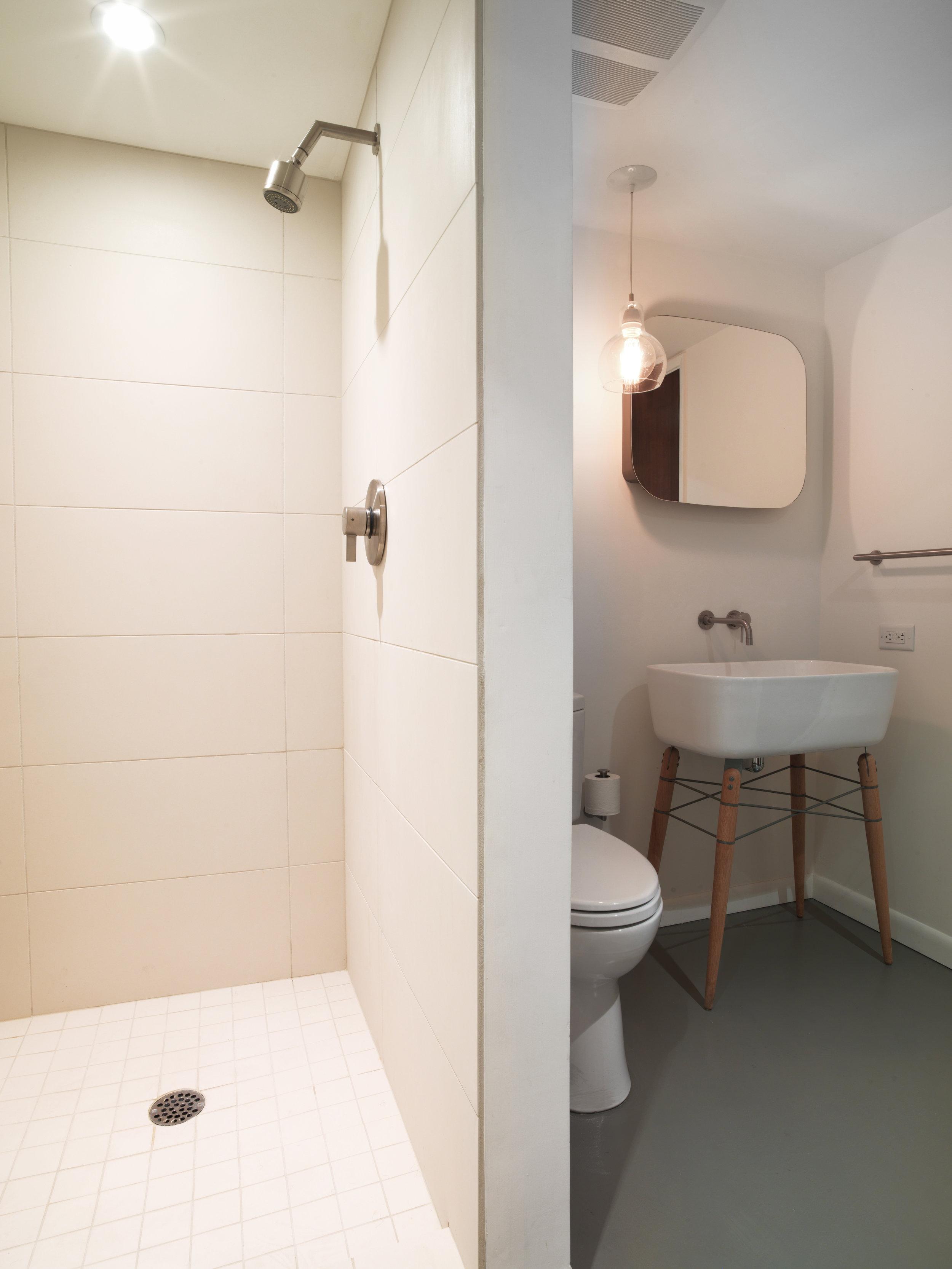 Robert_bathroom_remodel_9581.jpg
