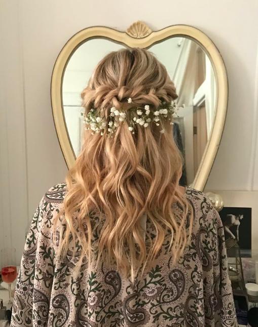 Wedding hair.png
