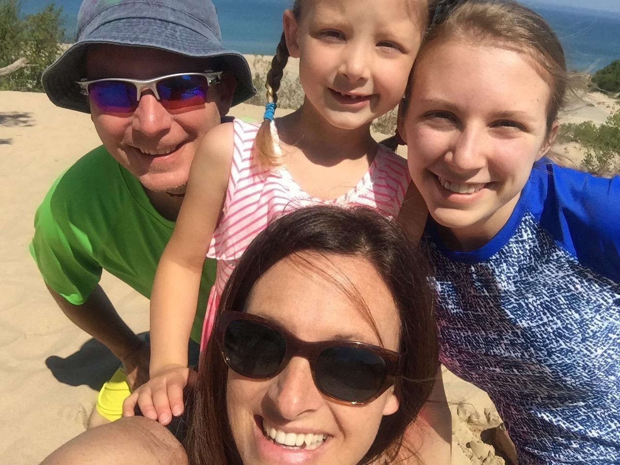 Family+on+Beach.jpg