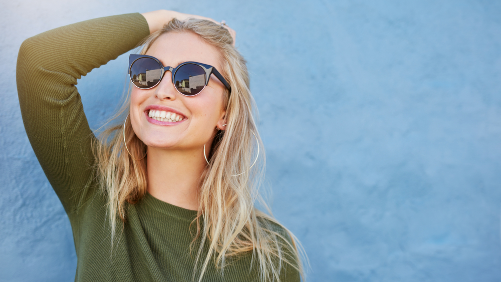 girl wearing a sunglass