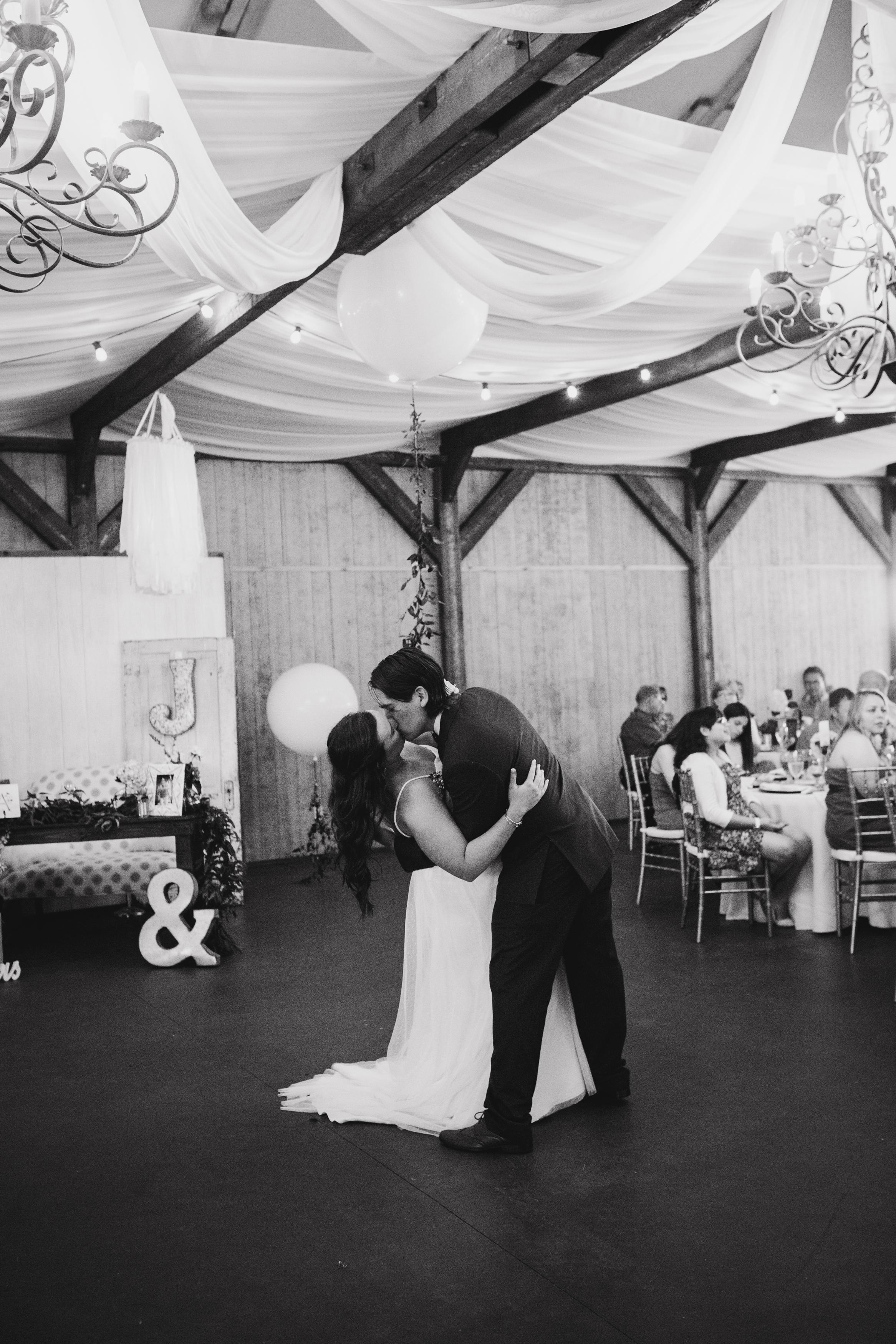 Lonestar-Mansion-Fort-Worth-Wedding-Planner-Burleson-Wedding-Venue_40.jpg