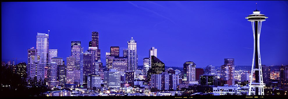 Seattle-Skyline-panorama.jpg