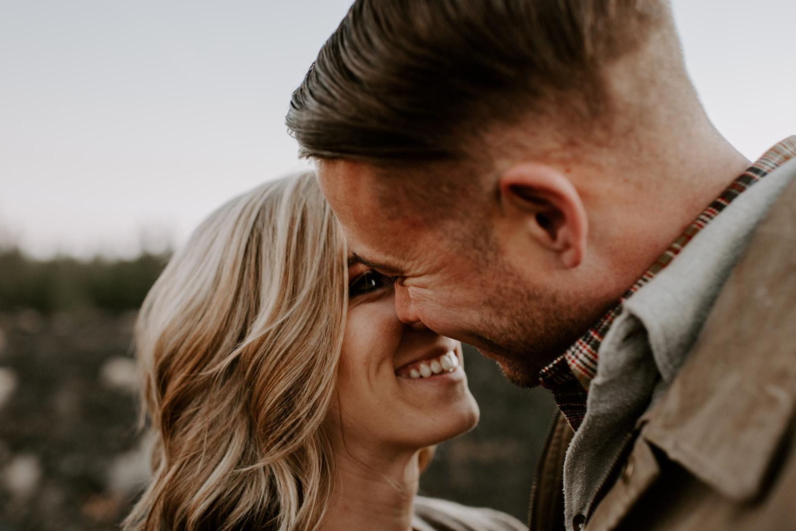 TIFFANDTOM-bendoregon-couplessession-madelinerosephotographyco-125.jpg