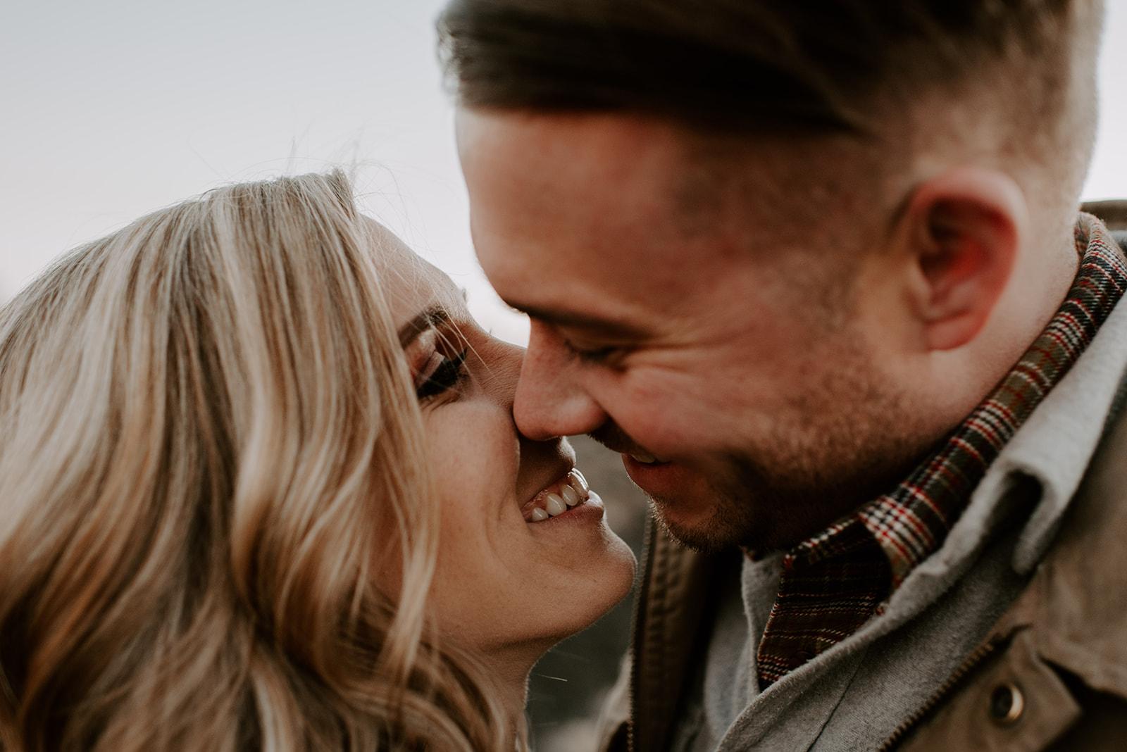 TIFFANDTOM-bendoregon-couplessession-madelinerosephotographyco-126.jpg