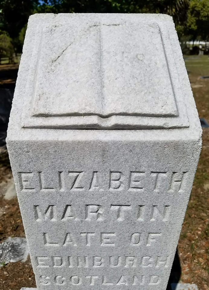 Elizabeth4.jpg