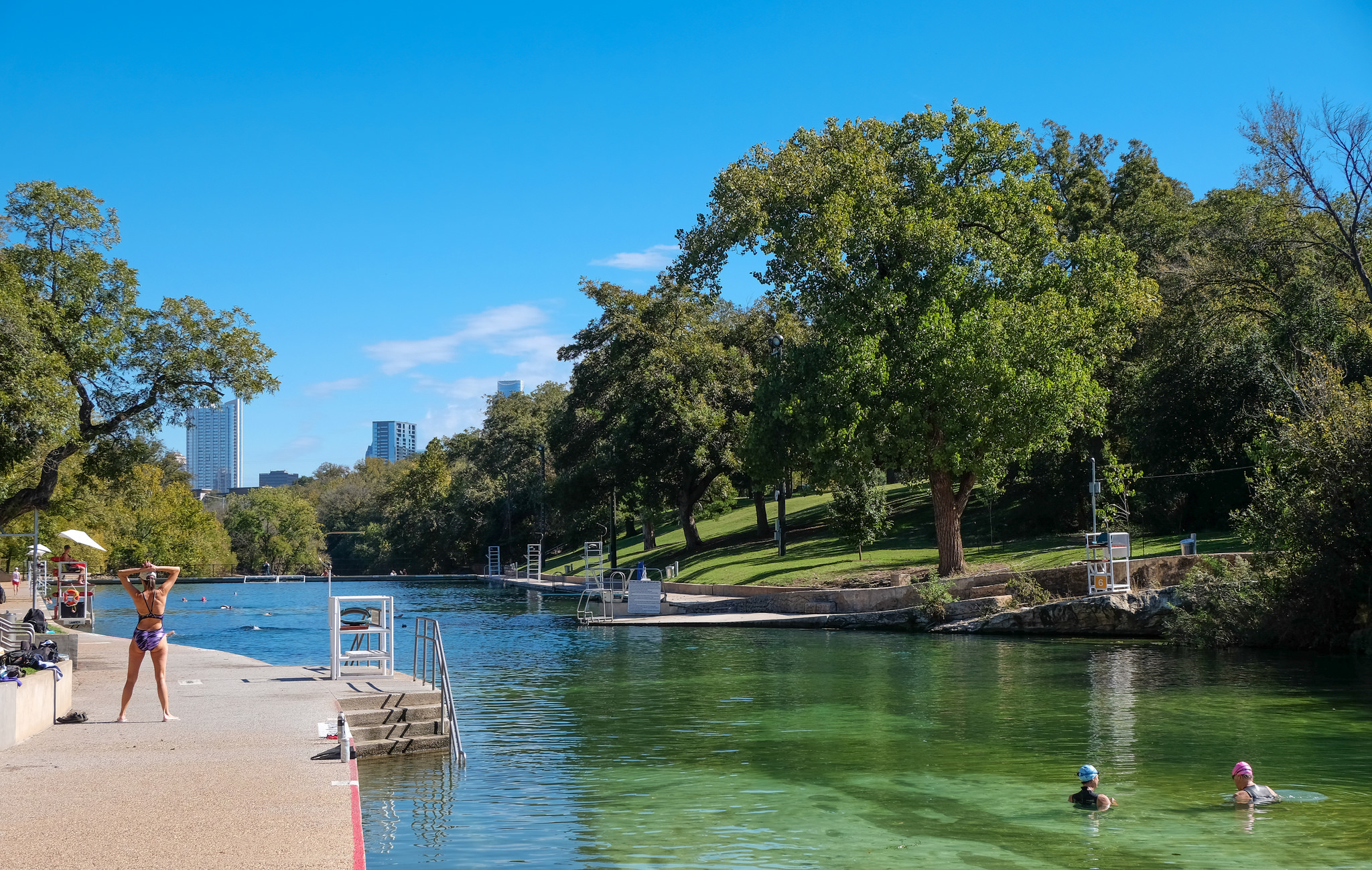 Barton Springs this fine Autumn morning by Lars Plougmann under CC BY-SA 2.0