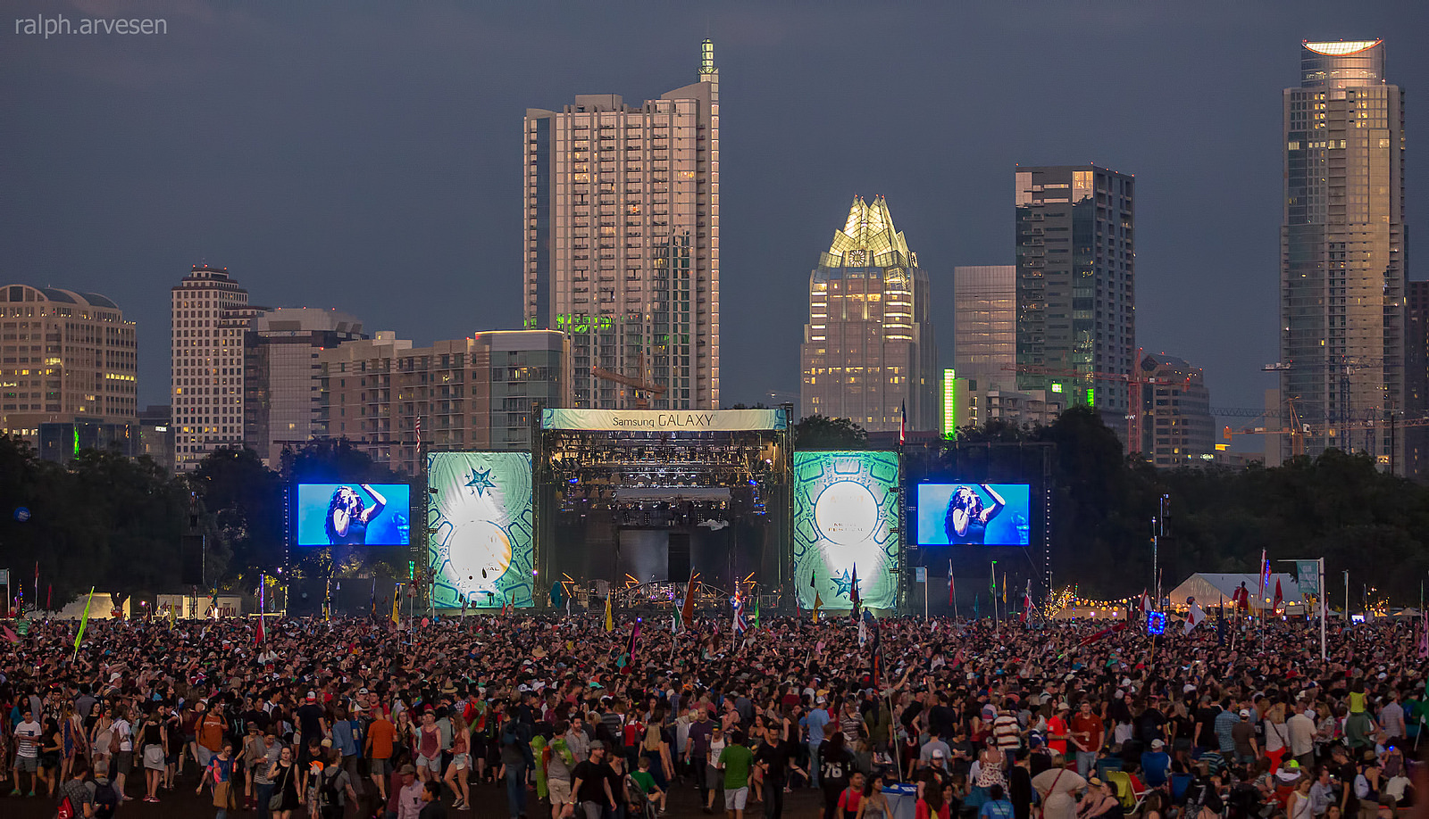 Lorde, ACL Music Festival Overview by Ralph Arvesen under CC BY 2.0
