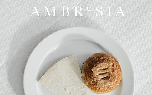 @ambrosiamagazine the London issue is finally out and it contains one of my fave pieces I've ever written. In 'The meals that made me' I ask five of London's most exciting young chefs to share an early food memory which still shapes the way they cook today. The answers were surprising, highly personal and very moving. Thank you for your time and candidness @selinkiazim @merlin_johnson @chefjamescochran @cheftombrown and Jeremy Chan of @ikoyi_london . . . . . . #foodwriter #foodblogger #foodie #chefsofig #foodjourno #freelancejourno #writetsofinstagram #goodreads #printporn #printisnotdead #readthis #picoftheday #londoncreatibes #independentjournalism #myinstadiary #lindonrestaurants #london #coffeetablemags #myinstadiary #eeeeeats #foodporn