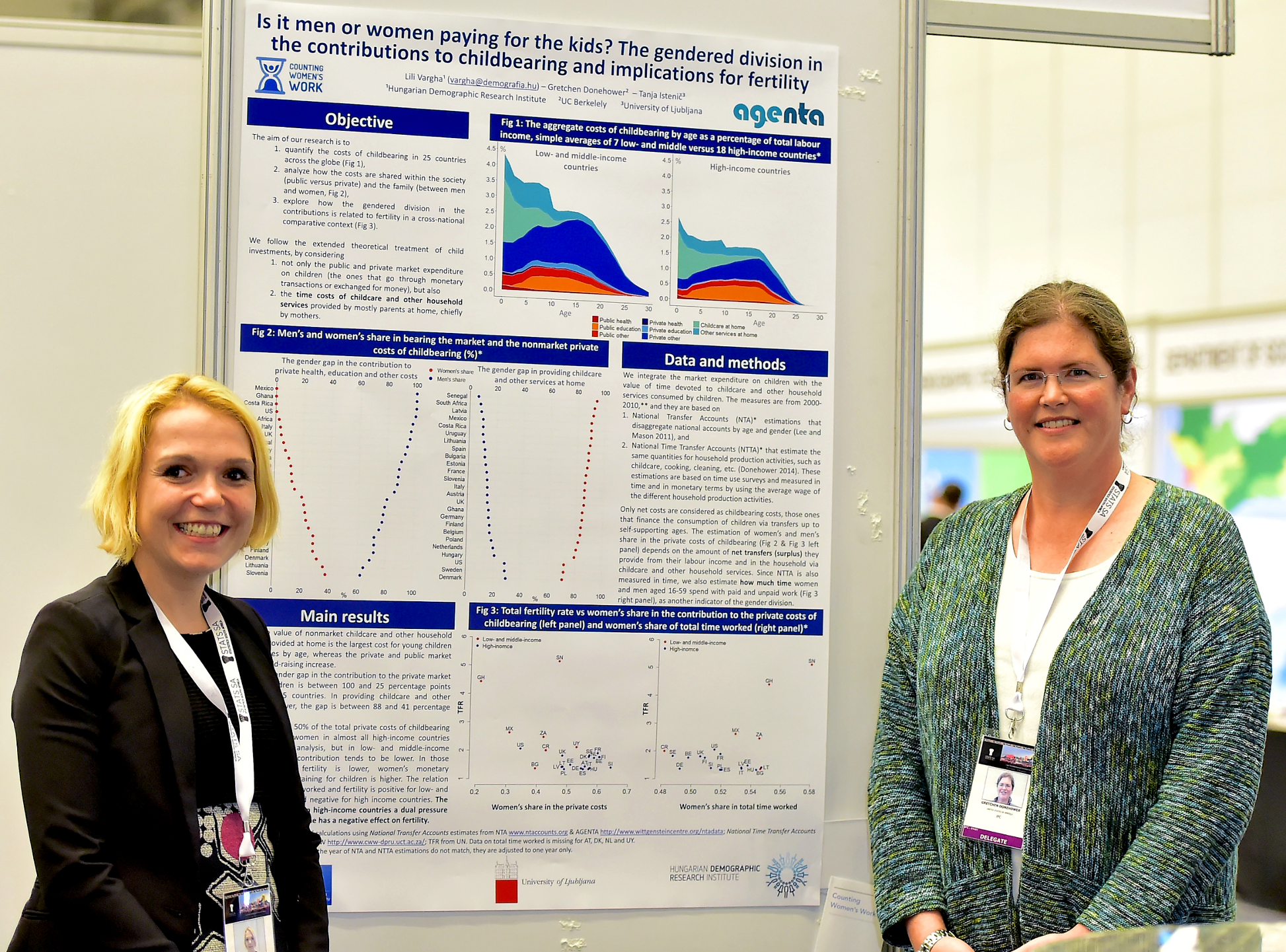 Tanja Istenic of the University of Ljubljana, Faculty of Economics, and Gretchen Donehower of UC Berkeley Department of Demography with the winning poster of Day 4.