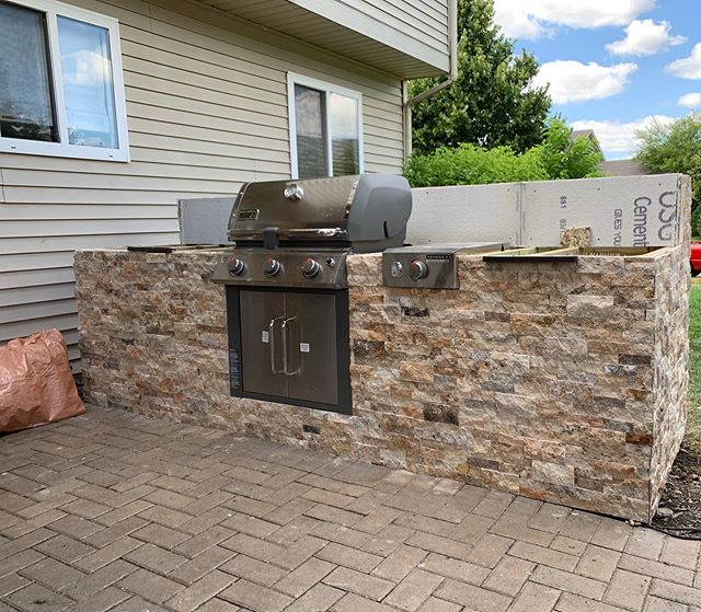 We just wrapped up this grill island project. Let us know if we can help you with your next outdoor kitchen! . . . #landscaping #hardscaping #outdoorkitchen #grill #rock #realestate