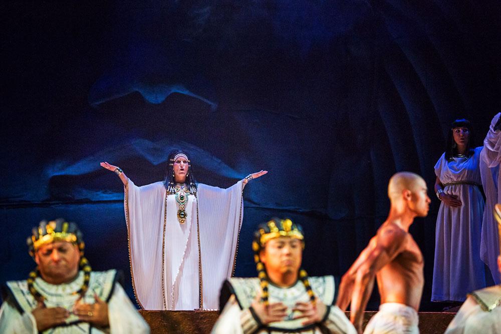 High Priestess, Aida , Edmonton Opera  Photo: Kelly Redinger
