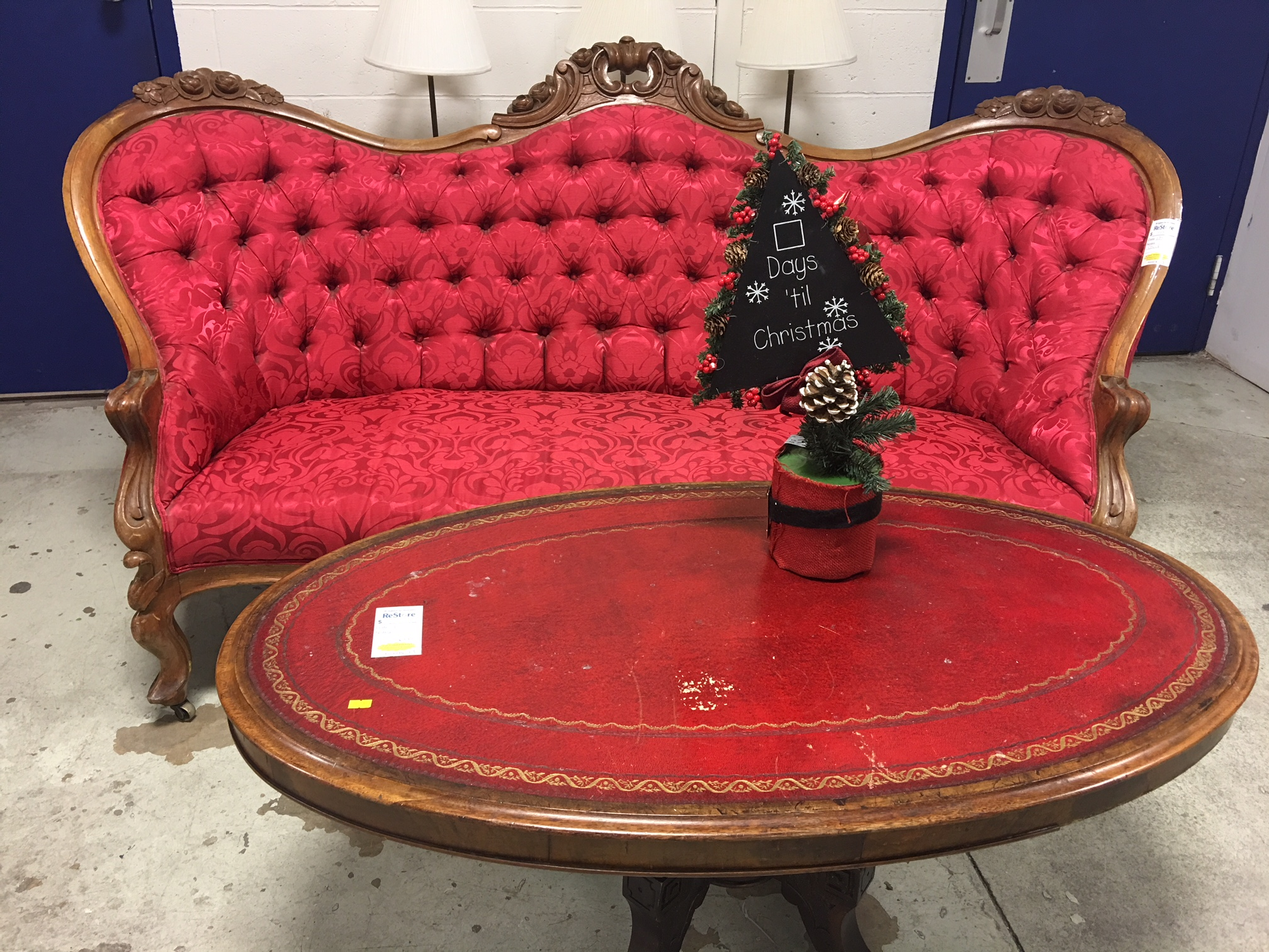 Whats-new-vintage-couch.JPG