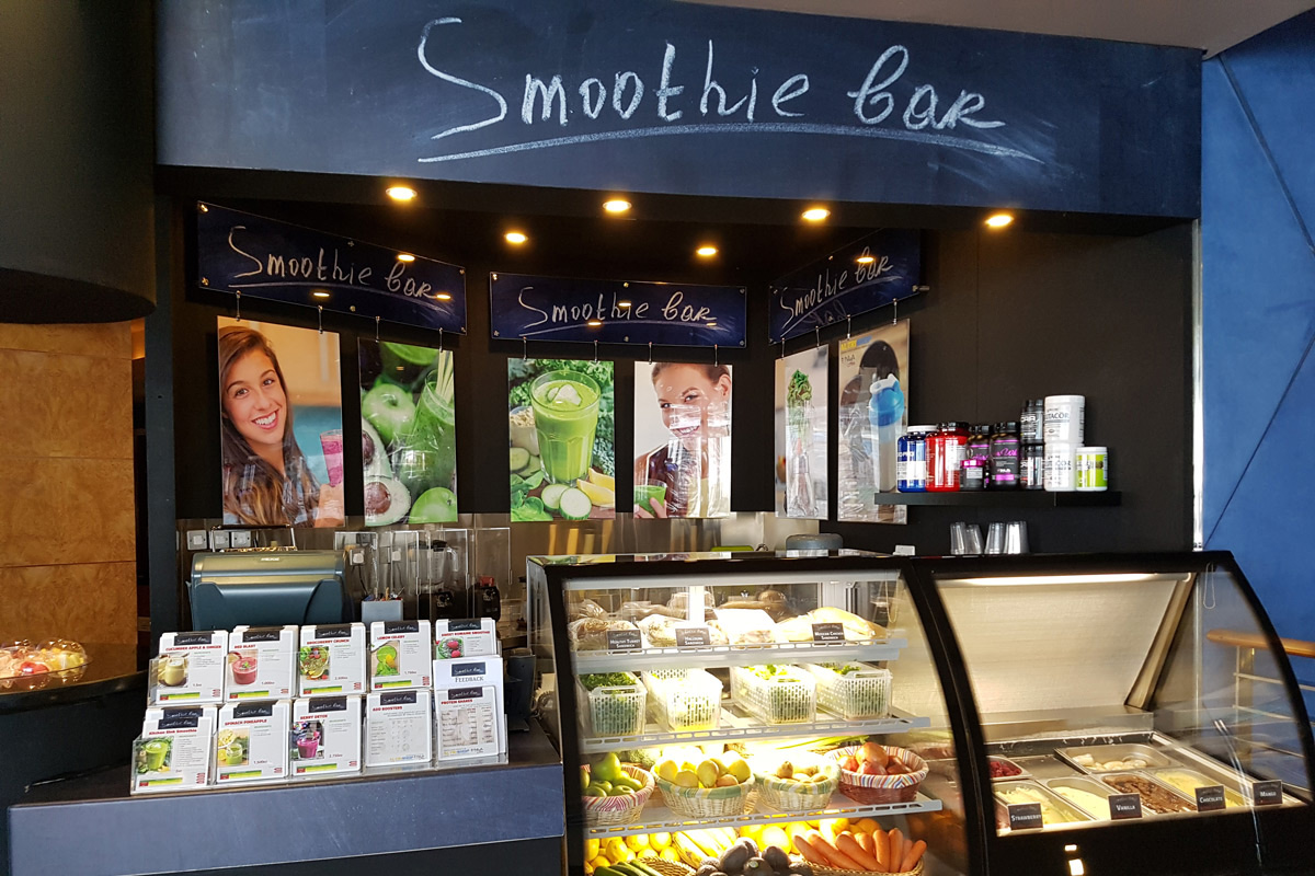 Smoothie bar - This is a pre and post work out member favourite with a variety of customizable smoothies, protein shakes, detox juices, homemade yoghourt and healthy snacks. Choose from our daily specials, start from scratch and make your own or if its treat day, try some of our homemade ice cream made from locally sourced organic products. The Ginger and Honey flavour is pretty special!