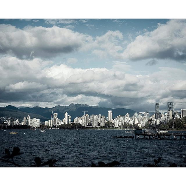 Lush clouds at Kits Beach, love this view of the city and mountains. ncouver, BC . . . . . #lynanncolliganphotography #moodygrams #agameoftones #tourcanada #artofvisuals #watchthisinstagood #beautifuldestinations #imagesofcanada #dream_spots #earthofficial #epic_captures #awesomeearth #canadasworld #best_shots #pro_ig #vancityfeature #Nikon_Canada #insidecanada #GlobalCapture #master_shots #canadasworld #dream_image #vancouver_ig #vancityhype #vancitybuzz #vancityvibe #yvr  #kitsbeach