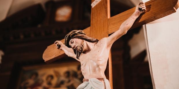 crucifix-shutterstock.jpg