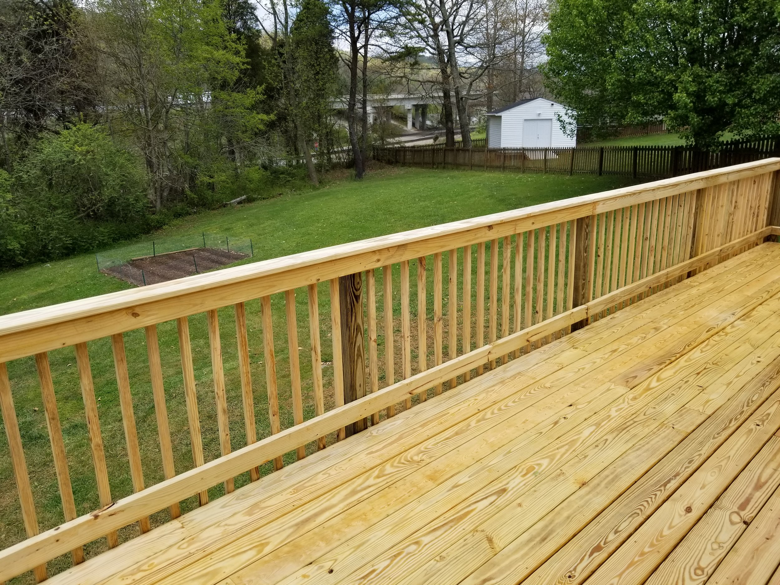 New Wood Deck 225 SQ. Feet (Bristol, Tn)
