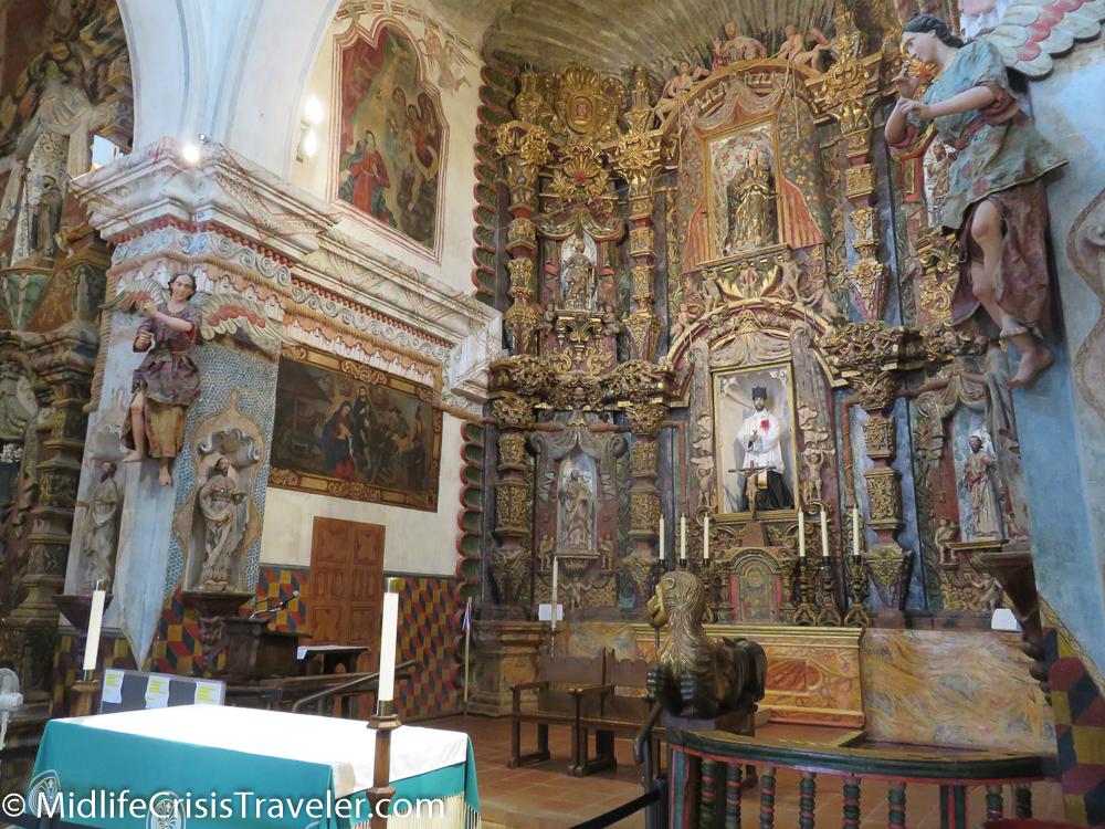 Mission San Xavier del Bac-14.jpg