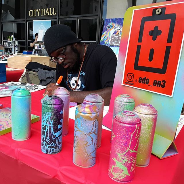 Jetstreame artist Edward Simmons displaying his personal artwork @ the Bloom Festival in Baton Rouge. Edo is one of the main 2 artists that worked on Cyberpunk Casanova. #instaartist #instaart #jetstreame #batonrouge #louisiana