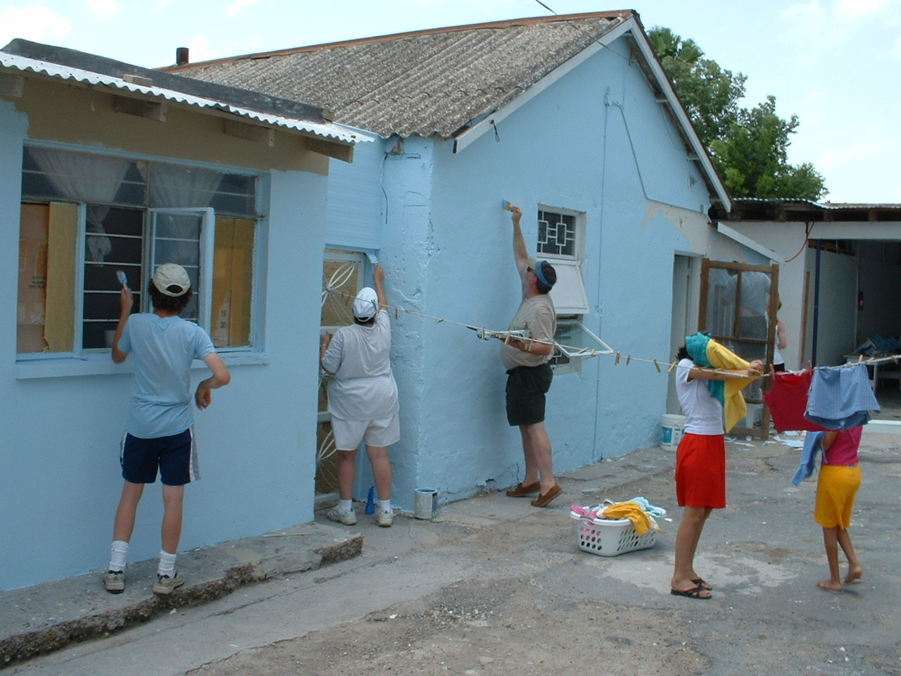 Painting an orphanage in Reynosa '03 -