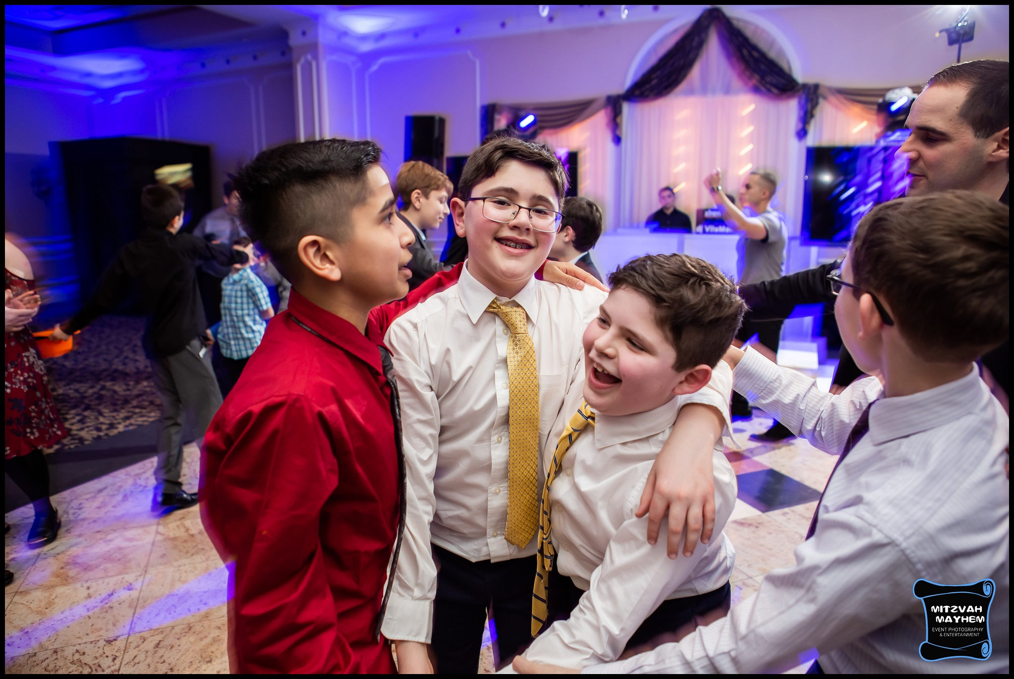 nj-mitzvah-photographer-jacques-caterers-2.JPG