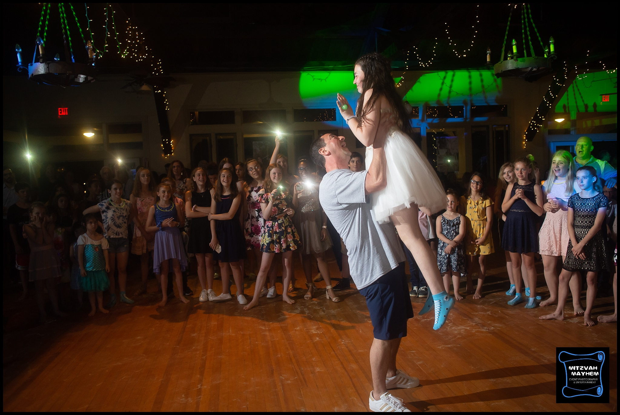 NJ-bat-mitzvah-mayhem-photography (13).jpg