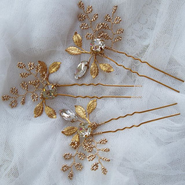 Sometimes all you need is a little finishing touch. The BILLIE hairpins are that perfect final detail. ✨🌟✨ I'll have these little pretties with me at the Van Aken Night Market on June 28. Come check them out! . . . #hairpin #bridalhairjewelry #bridalhairaccesories #weddinghair #bridalhair #bridalstyle