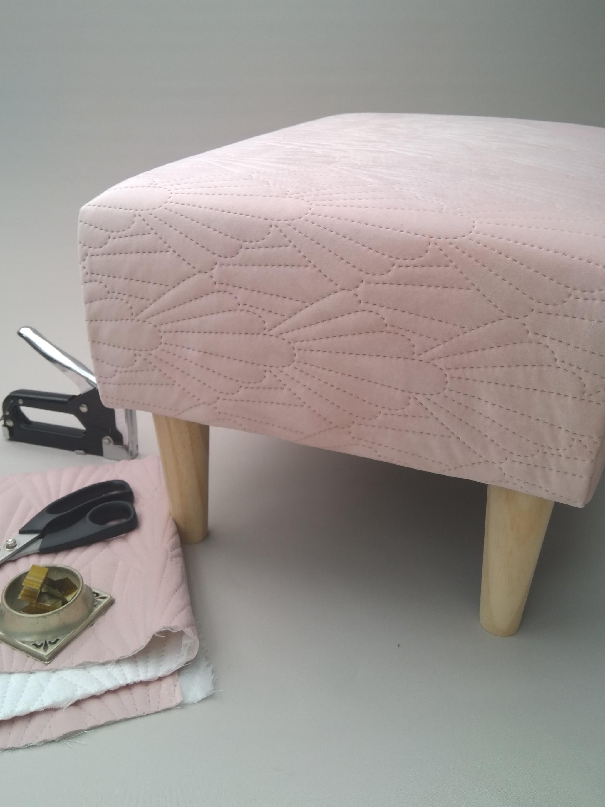 modern_footstool_1.jpg