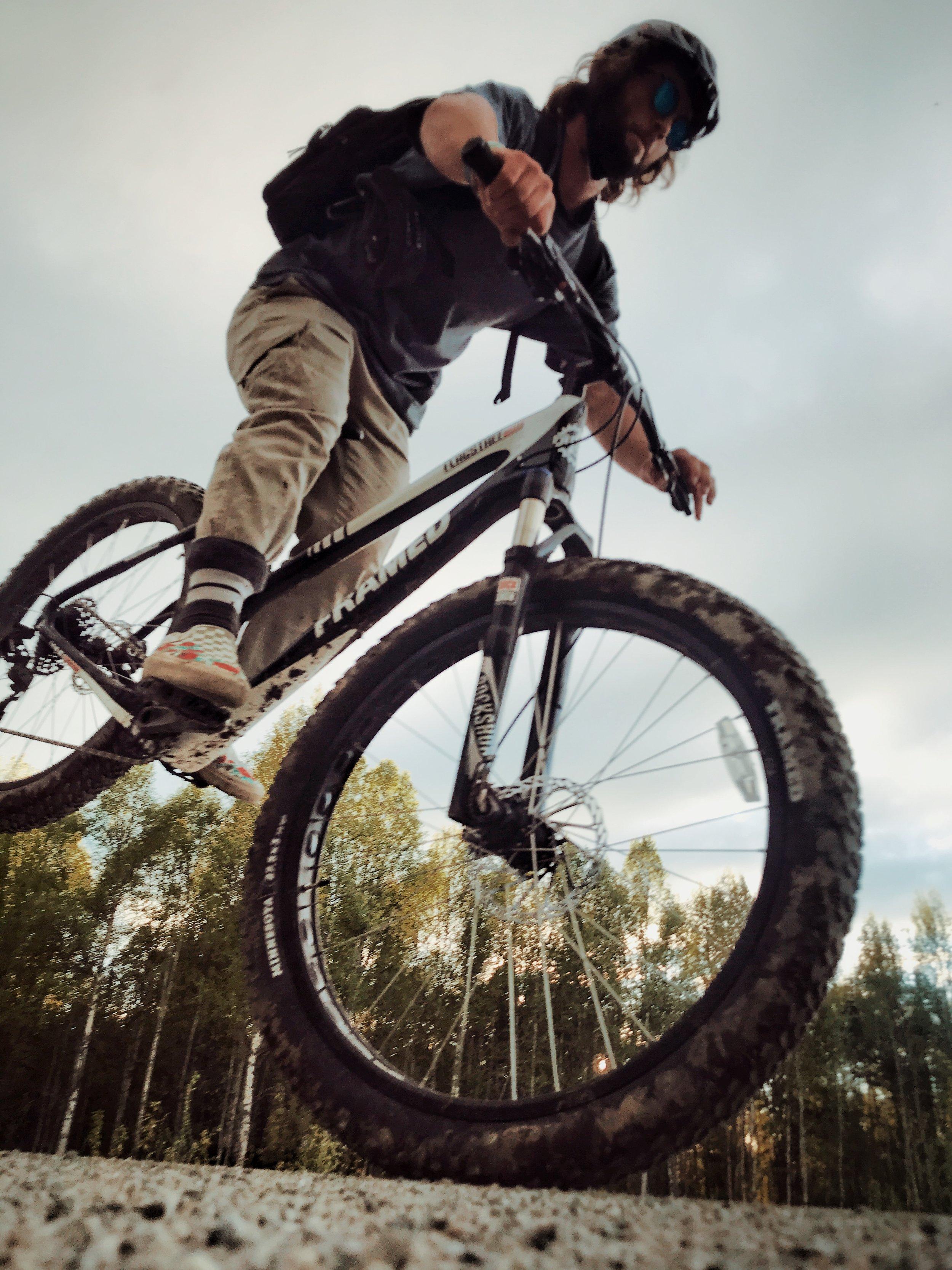 Rental bike - Framed Flagstaff, has fantastic front suspension, plus size wheels and disc brakes.