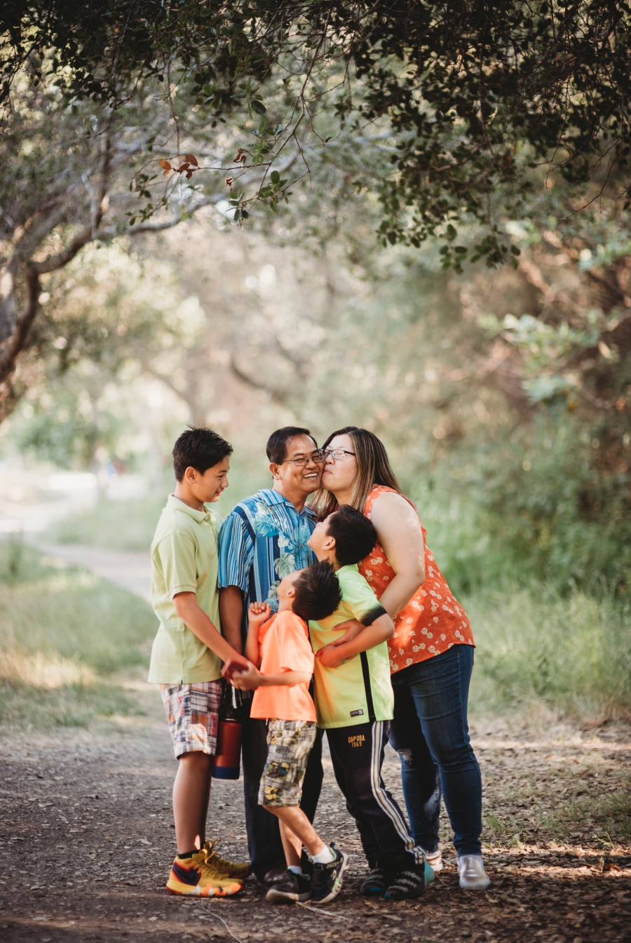 SUN FAMILY AT GARIN PARK - EAST BAY LIFESTYLE PHOTOGRAPHY 1.jpg