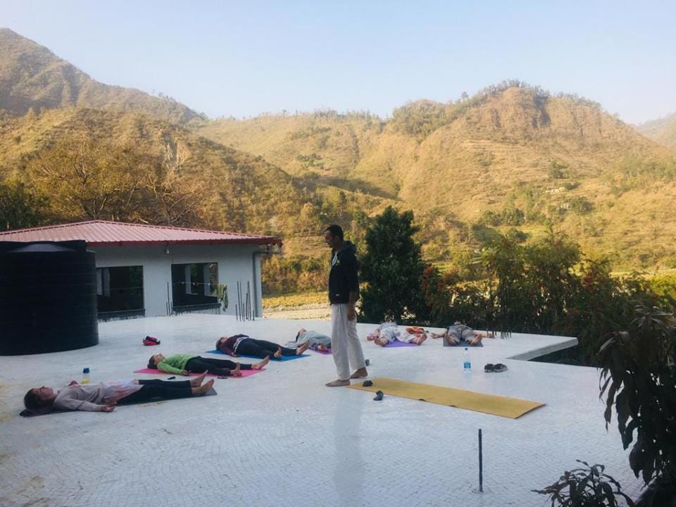 RAHUL TEACHING YOGA at Haidakhan Ashram, Kumaon, North India.