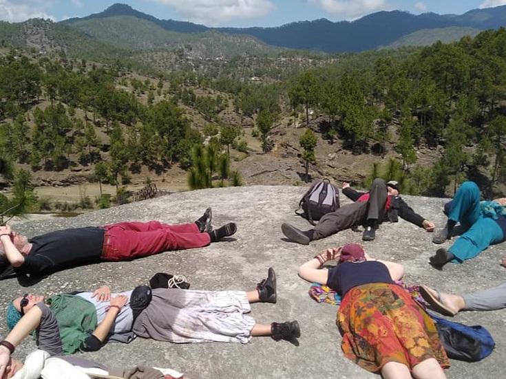 deutch+yatra+stoneage+cave+resting.jpg