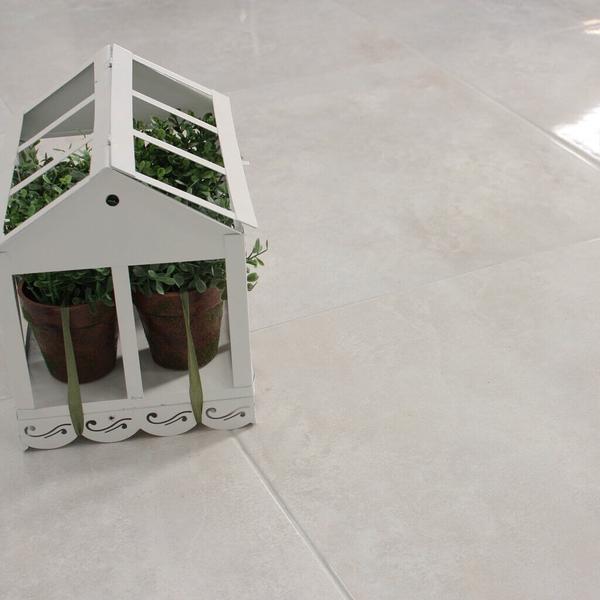 Arabesco_Floor_Tile_with_Plant_grande.jpg
