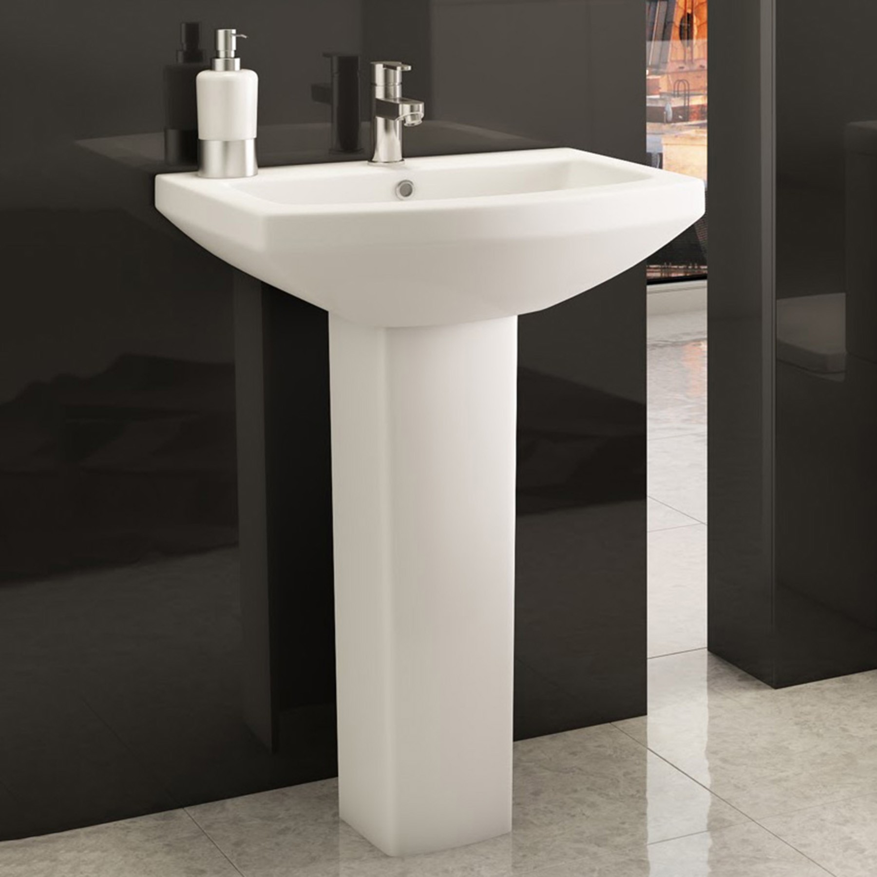 Basins With Full Pedestal