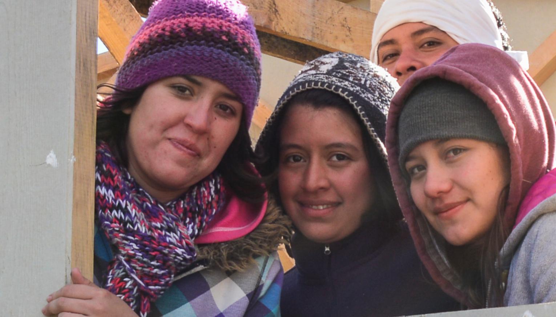 Voluntarias y vecinas de Panimaché V, noviembre 2013