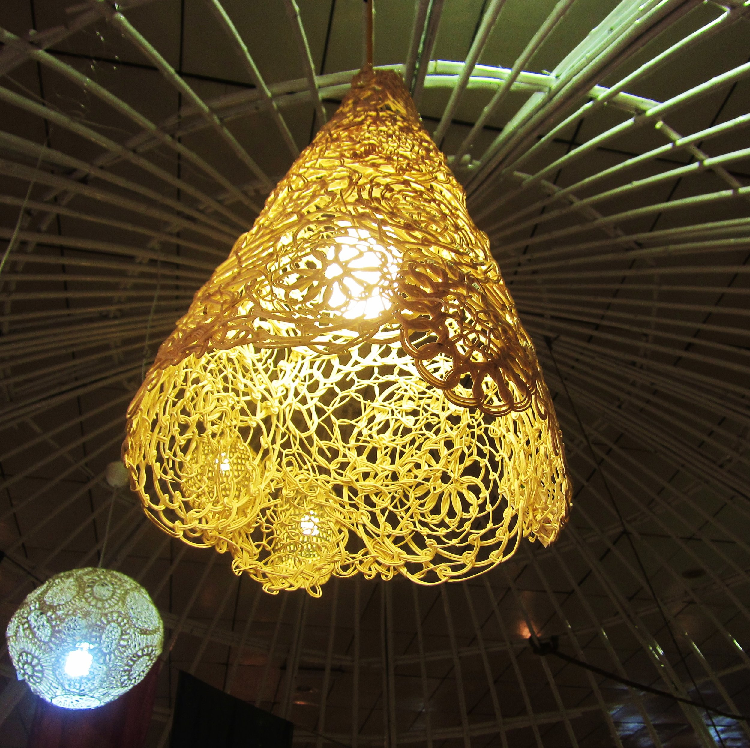 conical-lace-lamp.JPG