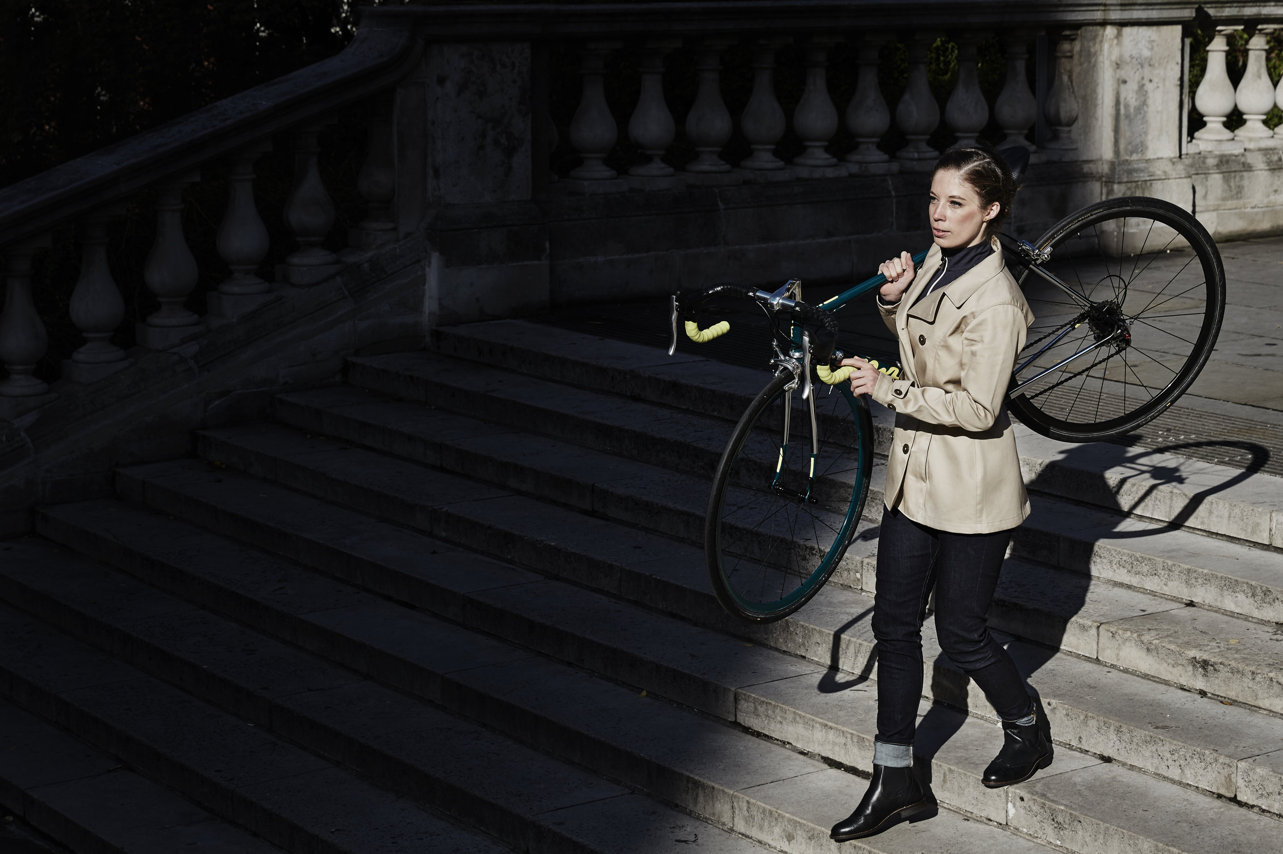 vulpine nick hussey women woman cycling style apparel urban city.jpg