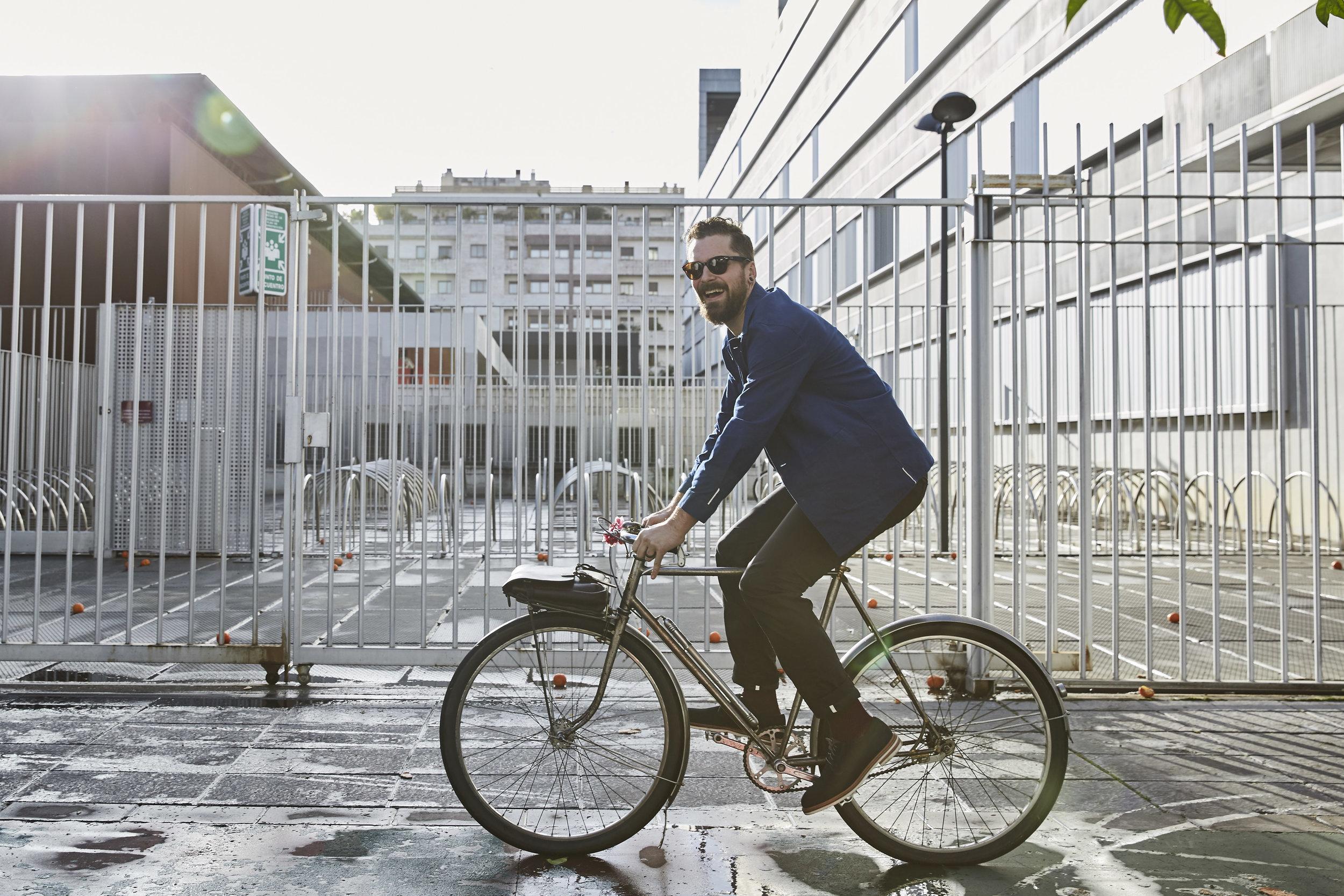vulpine nick hussey urban cycling style laughing sun smile.jpg
