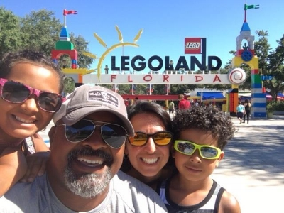Dad Blog of the Year Award Winner and the fam