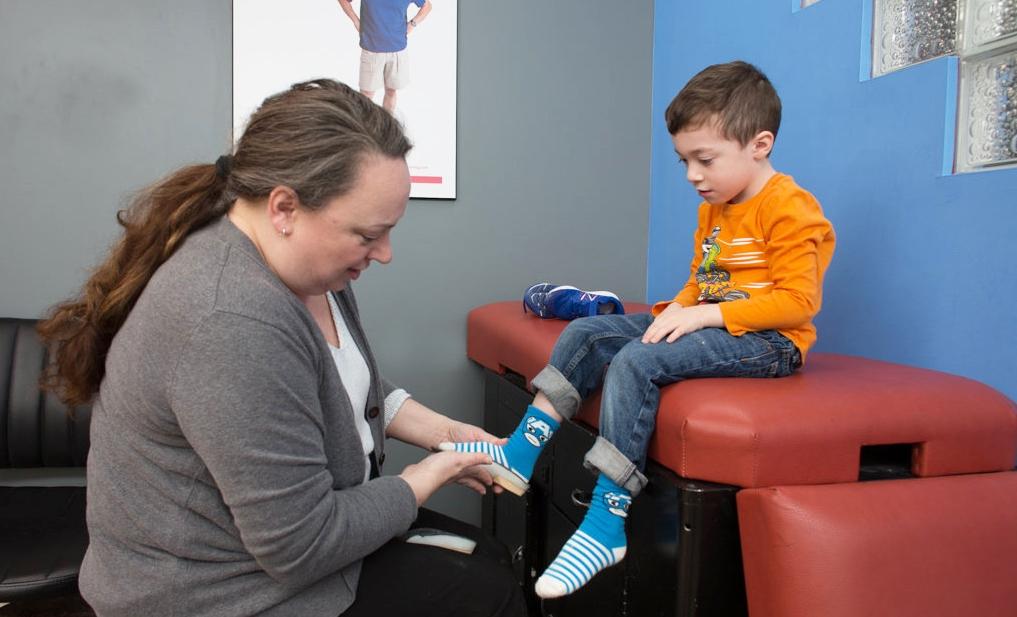 BoundlessBracing_PediatricOrthotics_PatientAssessment_Helen.jpg