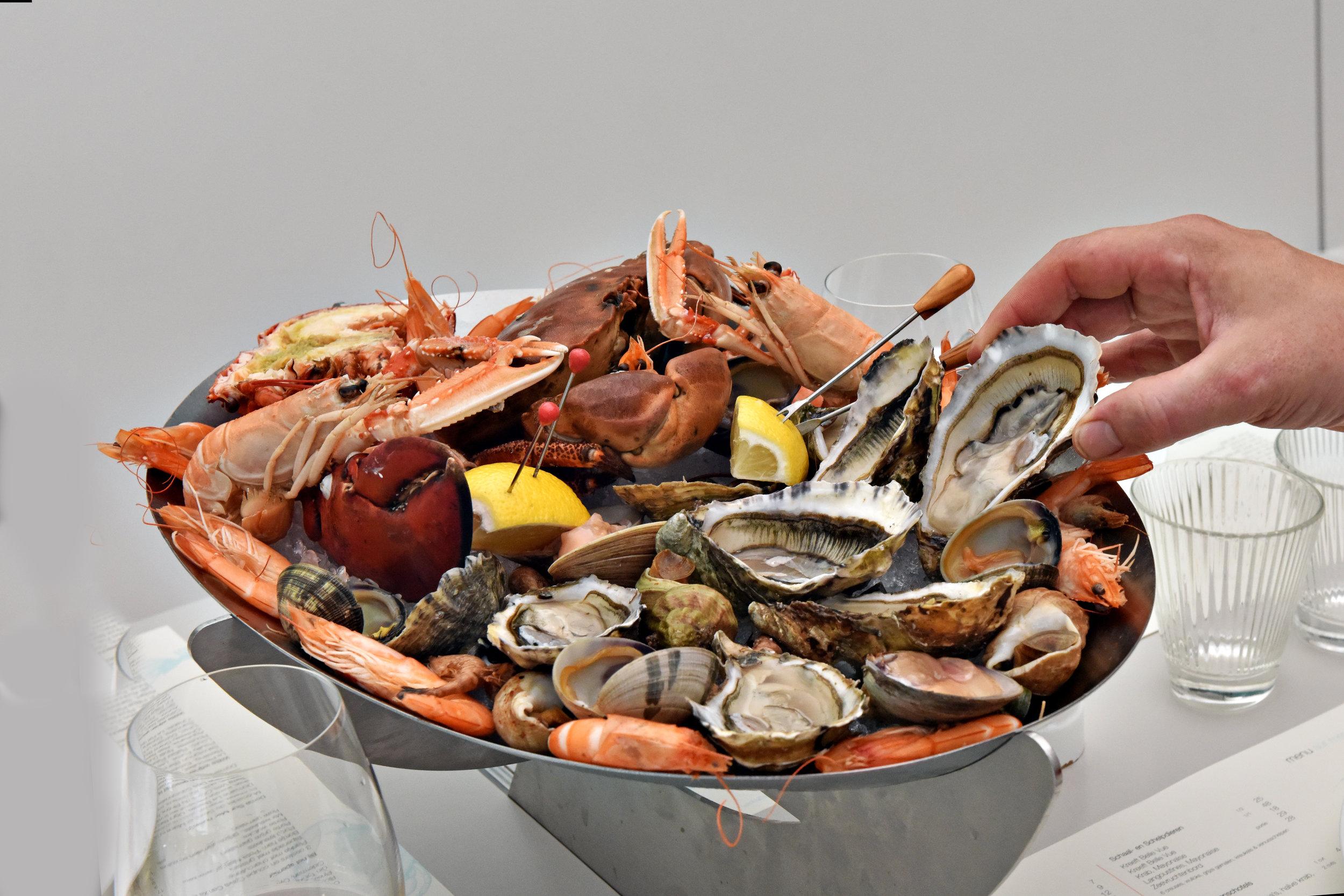 9 dome sur mer seafood schaal schelp kreeft restaurant bistro antwerpen frederic chabbert michelinstar bart albrecht tablefever.jpg