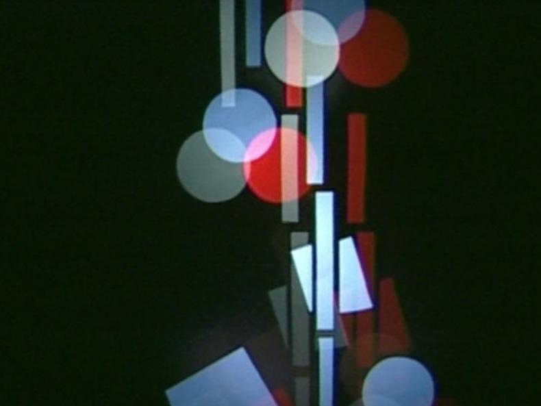 Ludwig Hirschfeld-Mack,  Farbenlichtspiele , reconstruction 2000. A film by Corinne Schweizer, Peter Böhm (videostill).