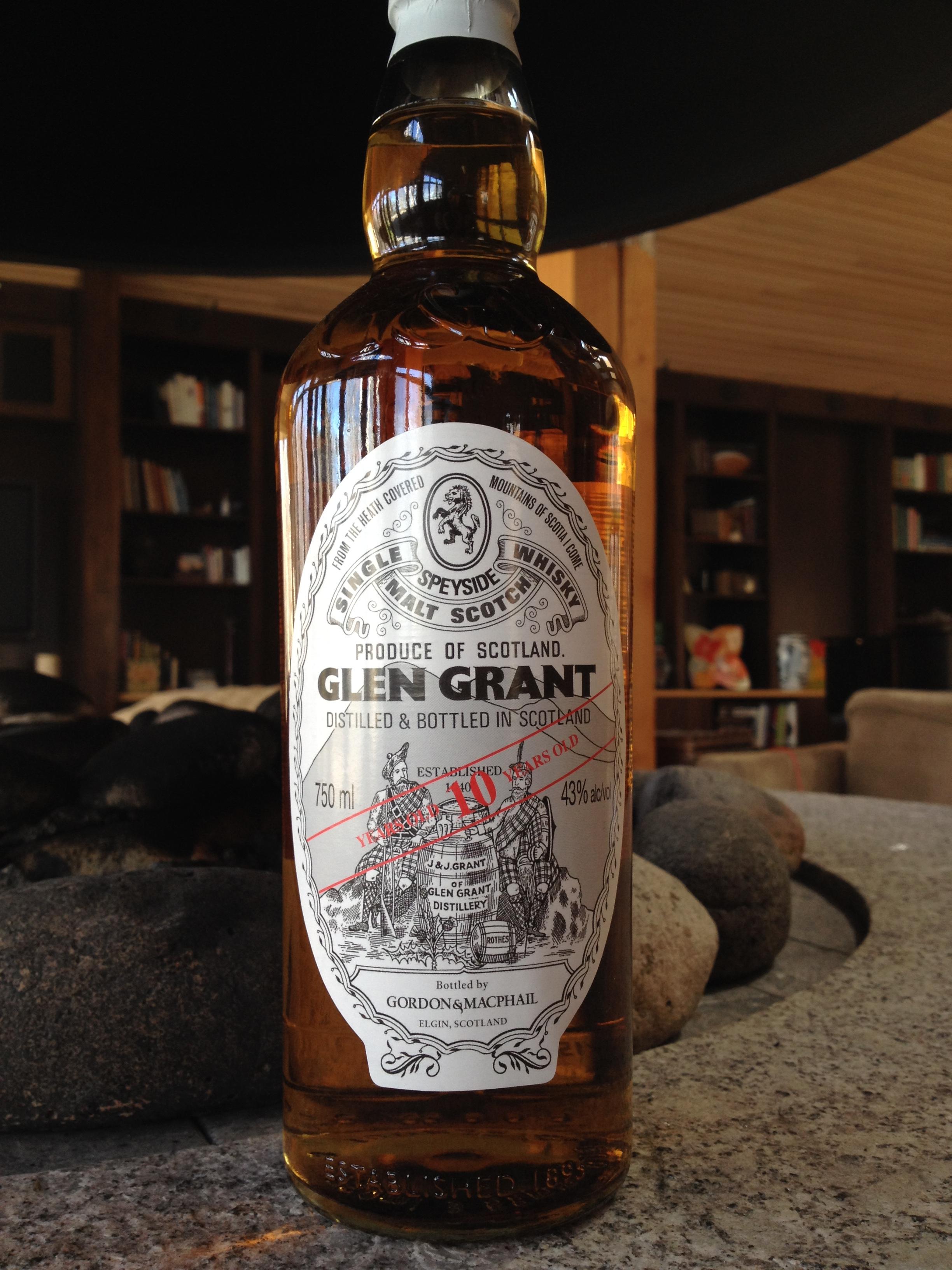 10 Year Old | 43% ABV - Distillery | Glen Grant
