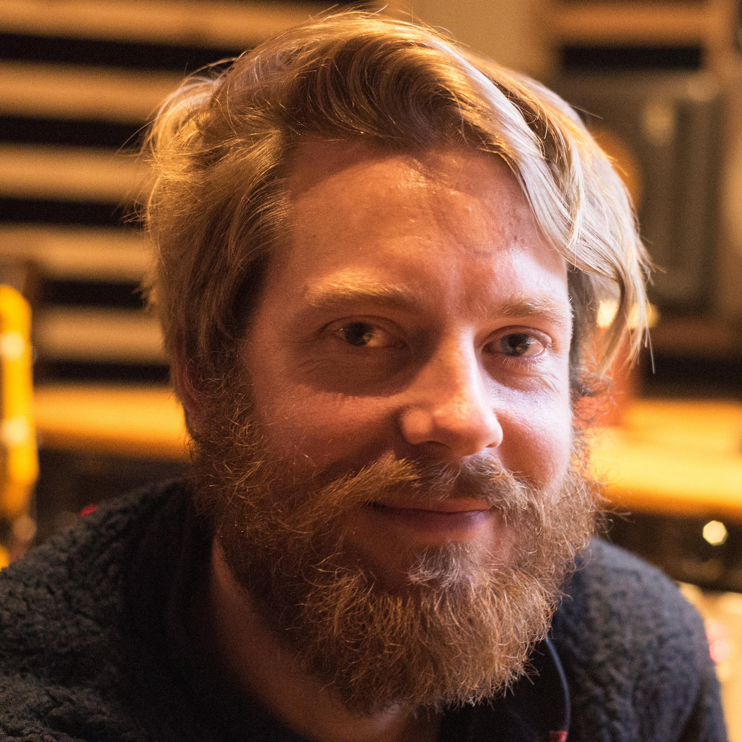 Jonas Graverholt - Bas, synths, percussion, korMix, producer